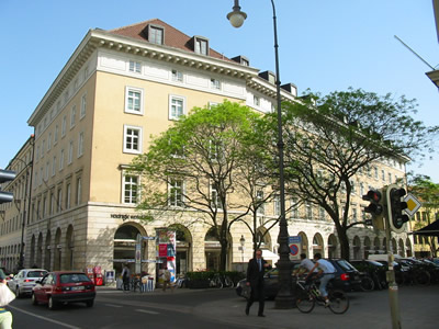 briennerstr-outside-IMG_1206